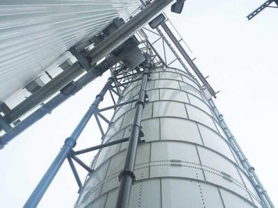 内蒙古管链提升机输送钙粉现场
